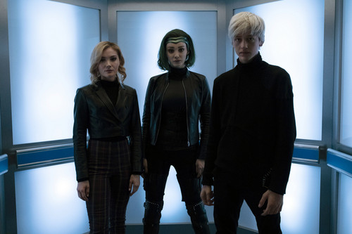 """The Gifted (TV Series) wallpaper entitled The Gifted """"Monsters"""" (2x15) promotional picture"""