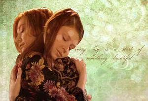 Willow/Tara 壁纸 - Something Beautiful