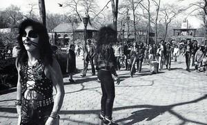 45 years cách đây today: Kiss (NYC) April 24, 1974