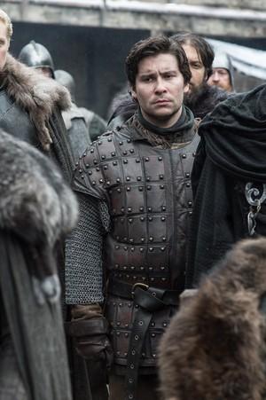 8x01 ~ Winterfell ~ Podrick