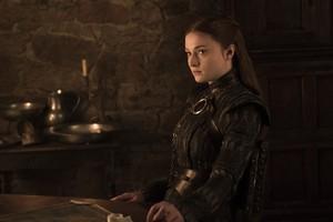 8x01 ~ Winterfell ~ Sansa