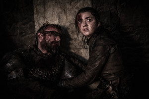 8x03 - The Long Night - Beric and Arya