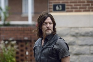 9x15 ~ The Calm Before ~ Daryl