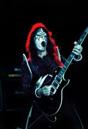 Ace ~Detroit, Michigan...May 14-15, 1975