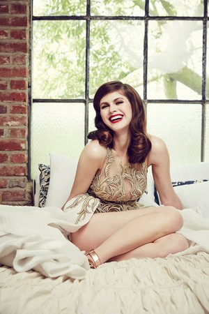 Alexandra ~ The Stndrd Magazine (2015)