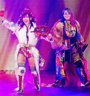 Asuka and Kairi Sane