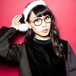 BiSH Black X'mas - Hashiyasume Atsuko