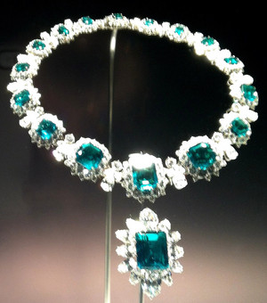 Bulgari Emerald And Diamond Necklace