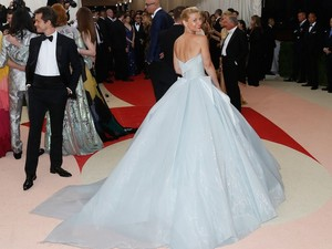 Claire Danes at MET Gala 2019