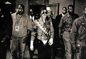 Dangerous Tour Backstage