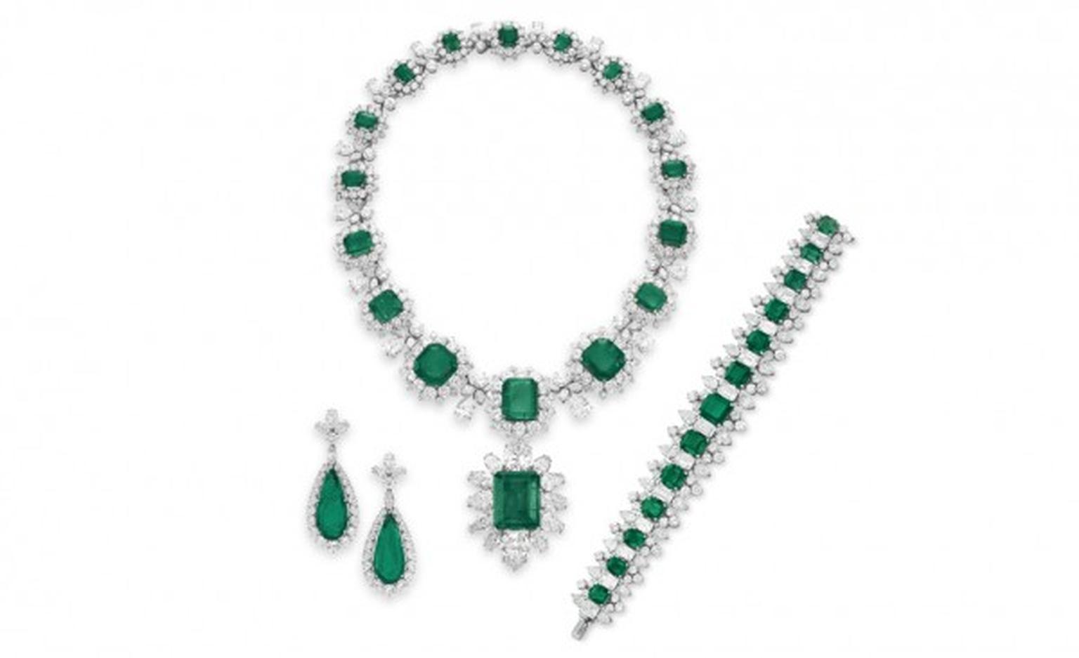 Elizabeth Taylor Bulgari Emerald And Diamond Jewelry Collection