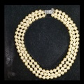 Jacqueline Kennedy collar