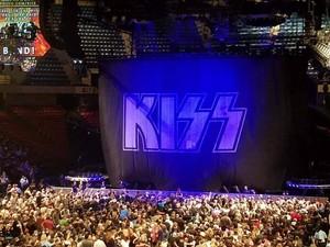 baciare ~Birmingham, Alabama...April 13, 2019 (BJCC arena)