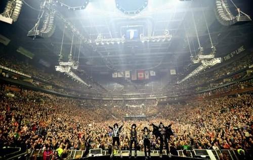Kiss fond d'écran titled Kiss ~Columbus, Ohio...March 16, 2019 (Nationwide Arena)