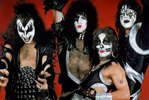 Kiss ~Detroit, Michigan...May 14-15, 1975