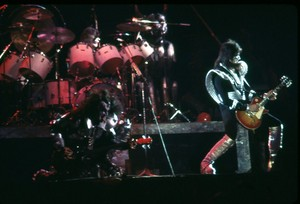 Ciuman ~Uniondale, New York...February 21, 1977
