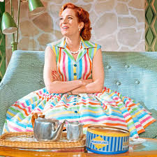 Katherine Parkinson as Judy in nyumbani Im Darling