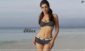 Kelly Brook