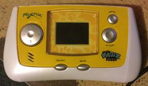 Miuchiz Pawz Spike Handheld