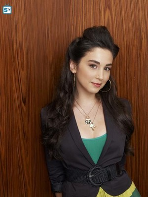 Molly Ephraim as Mandy Baxter in Last Man Standing - Season 1 Photoshoot