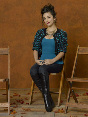 Molly Ephraim as Mandy Baxter in Last Man Standing - Season 2 Photoshoot