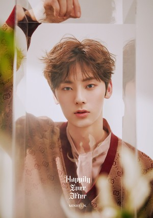 NU'EST Happily Ever After OFFICIAL bức ảnh VER. 2