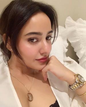 Neha Sharma Hot Sexy