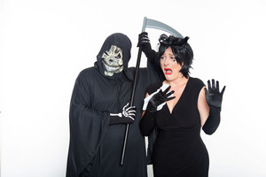 Scary Grim Reaper & Mourning Widow | Funny 노래 Telegrams