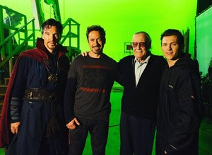 Stan Lee with Tom Holland, Robert Downey Jr and Benedict Cumberbatch on the set of Infinity War