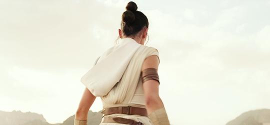 星, つ星 Wars: Episode IX - The Rise of Skywalker (2019)