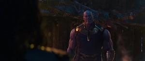 ThanosMockingLoki