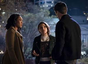 "The Flash 5.21 ""The Girl With The Red Lightning"" Promotional hình ảnh ⚡️"