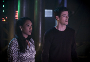 "The Flash 5.21 ""The Girl With The Red Lightning"" Promotional afbeeldingen ⚡️"