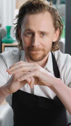 Tom Hiddleston ~Centrum Commericial (China)