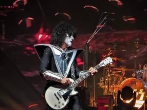 Tommy ~Pittsburgh, Pennsylvania...March 30, 2019 (PPG Paints Arena)