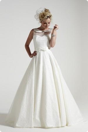 Vintage Inspired Wedding Dress 💐