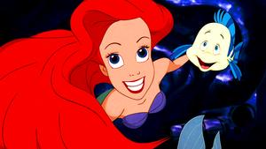 Walt Disney Screencaps – Princess Ariel & patauger, plie grise