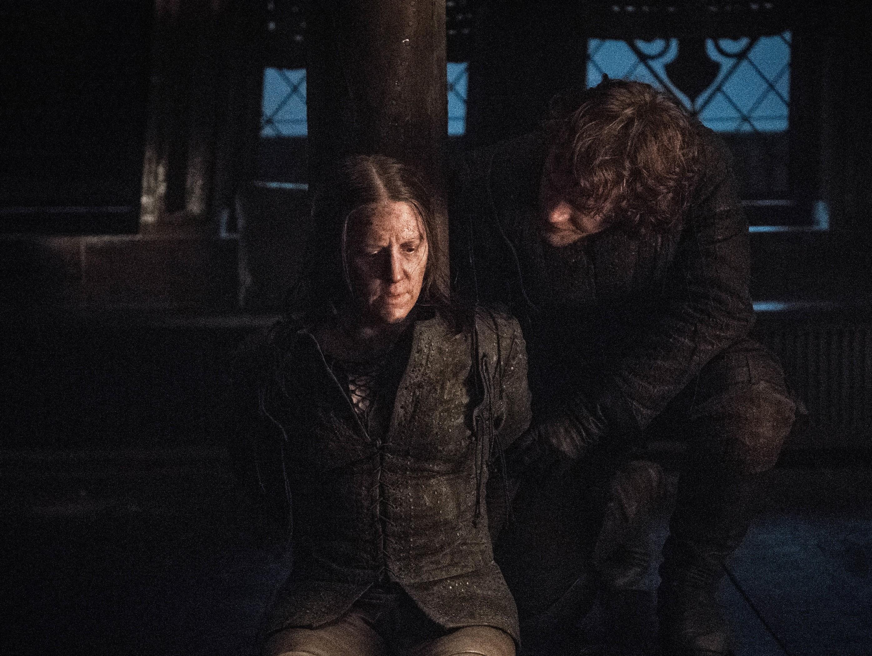 Yara and Theon Greyjoy in 'Winterfell'