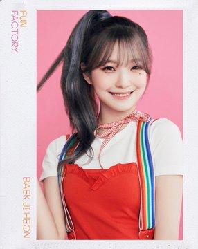 프로미스나인 (fromis_9) 1st Single Album [FUN FACTORY] Official foto FUN ver. Baek Jiheon