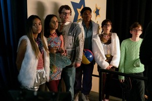 2x11 - Spectacle - Grace, Sarika, Victor, Dan, Heather and Caleb