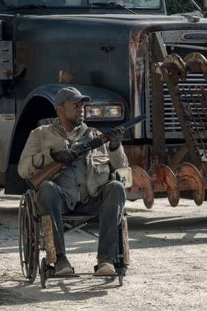 5x01 ~ Here to Help ~ Wendell