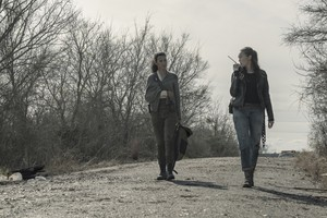 5x03 ~ Humbug's Gulch ~ Alicia and Luciana