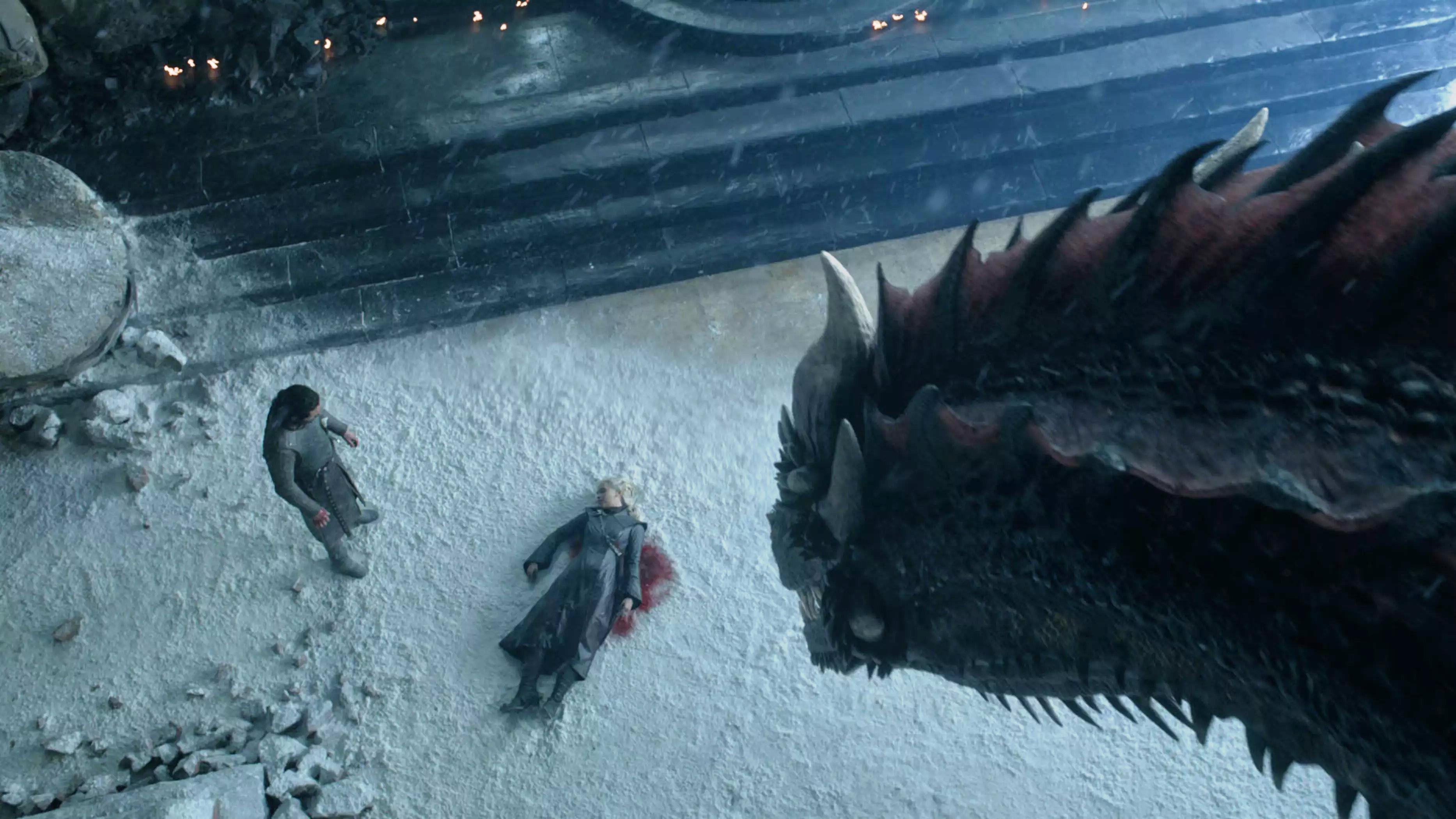 8x06 - The Iron Throne - Jon, Daenerys and Drogon