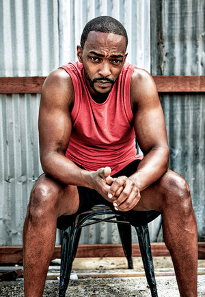 Anthony Mackie photographed द्वारा Ture Lillegraven for Men's Health (2019)