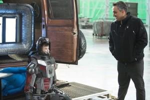 बी टी एस Avengers: Endgame