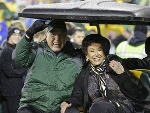 Bart and cereza, cerezo Starr (2015) Lambeau Field