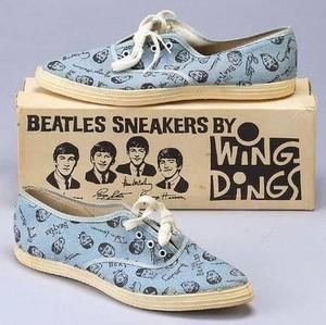 Beatles Sneakers 😍