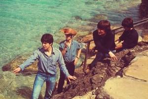 Beatles-Help!/bts