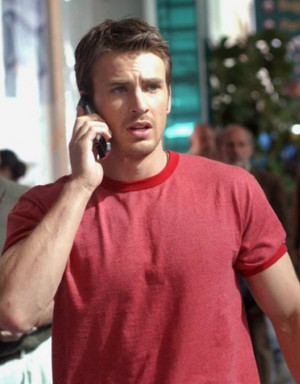 Chris Evans as Ryan Ackerman in Cellular (2004)