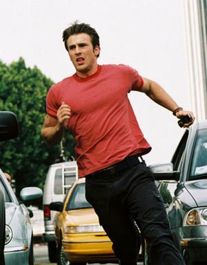 Chris Evans as Ryan Ackerman in Cellular (2004)